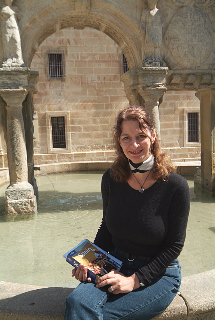 Arpi in front of the Palacio Jabalquinto, Baeza