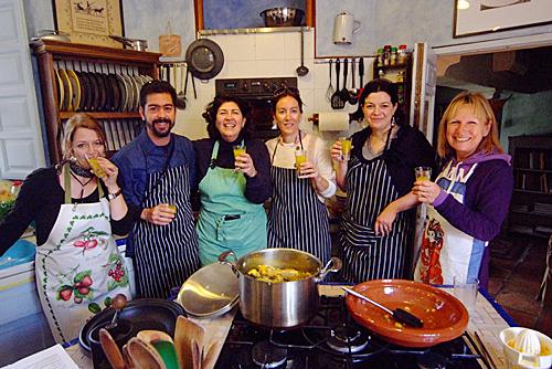 Arpi, Manuel. Carmelita, Raquel, Caroline, Jan